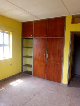 Newly Renovated 3 Bedroom Upstairs, Off Ojuelegba Road, Ojuelegba, Surulere, Lagos, Flat for Rent