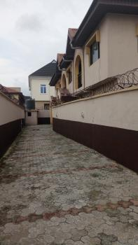 5 Bedroom Detached Duplex + 1 Room Bq (self-compound), Omole Phase 2, Ikeja, Lagos, Detached Duplex for Rent