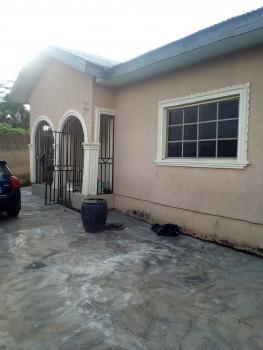 3 Bedroom Flat, Odo Ona Kekere, Idi Ayunre, Oluyole, Oyo, Mini Flat for Rent