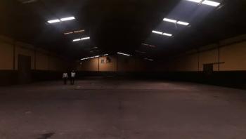 Warehouse Space of 17500sqft (1625sqm), Apapa-oshodi Expressway, Oshodi, Lagos, Warehouse for Rent