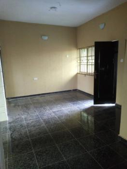 2 Bedroom, Shomolu, Lagos, Flat for Rent