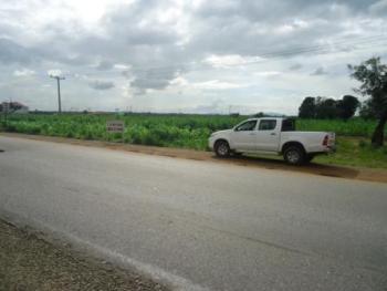 Cheap Abuja Petroleum Filling Station Land, at Gwako, Between Giri and Gwagwalada, Along The Highway, Gwagwalada, Abuja, Filling Station for Sale