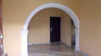 2 Bedroom Flat, Onile, Iwaya, Yaba, Lagos, Flat for Rent