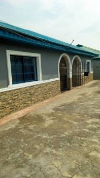 3 Bedroom Bungalow at Ikorodu, Agunfoye, Igbogbo, Ikorodu, Lagos, Detached Bungalow for Rent