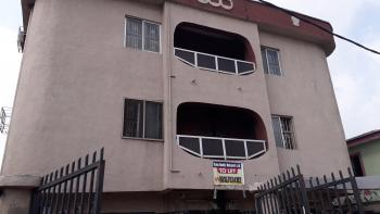 Lovely 3 Bedroom Flat, 22, Adebola Ojomu Str, Surulere., Surulere, Lagos, Flat for Rent