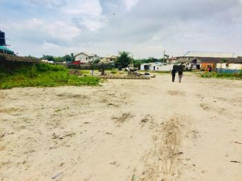 Plots of Dry Land with Gazette, Lafiaji, Lekki, Lagos, Residential Land for Sale