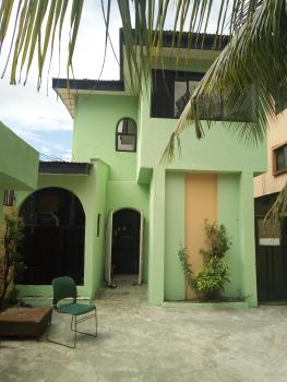 to Let- Executive Mini Flat with Private Staircase in a Serene Environment, Morgan Ilumelu, Thomas Estate, Ajah, Lagos, Mini Flat for Rent
