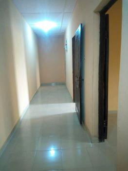 Tastefully Finished Luxurious 2-bedroom Flat with Excellent Facilities, Iponri, Surulere, Lagos, Flat for Sale