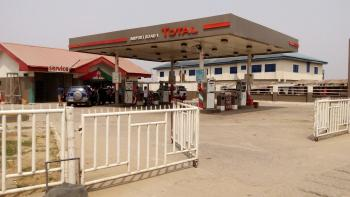 Fuel Station, Airport Road, Obio-akpor, Rivers, Filling Station for Sale
