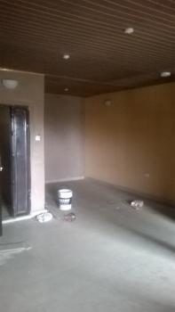 3 Bedroom En Suite Upstairs Flat Within an Estate, Off Cmd Road, Ikosi, Ketu, Lagos, Flat for Rent