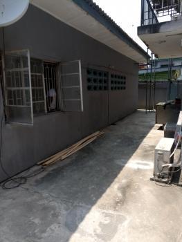 a Lovely Compact 2 Bedroom Flat, Off Iwaya Road, Iwaya, Yaba, Lagos, Flat for Rent