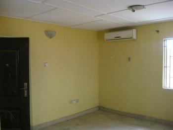 2 Bedroom Flat with 24hours Light, Off Ijesha Market, Ijesha, Surulere, Lagos, Flat for Rent