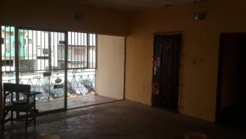 Newly Renovated Three Bedroom Flat, Obanikoro, Shomolu, Lagos, Flat for Rent
