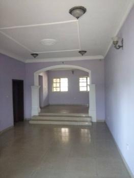 Three (3) Bedroom Apartment, Ikolaba, New Bodija, Ibadan, Oyo, Flat for Rent