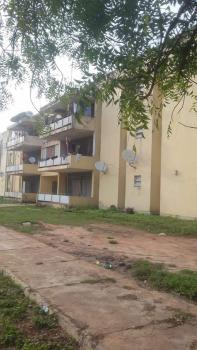 Large Old Quarters, Surame Road, Unguwar Rimi Gra, Kaduna North, Kaduna, Block of Flats for Sale