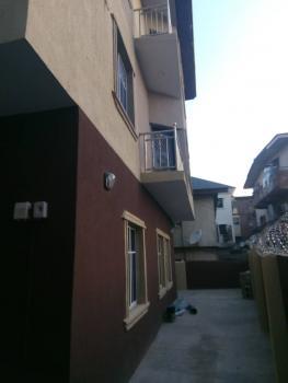 Luxury 3 Bedroom, Fashoro Street, Surulere, Lagos, Flat for Rent