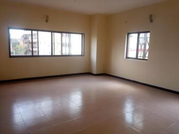 a Serviced Lovely Spacious 3 Bedroom Flat, Alagomeji, Yaba, Lagos, Flat for Rent