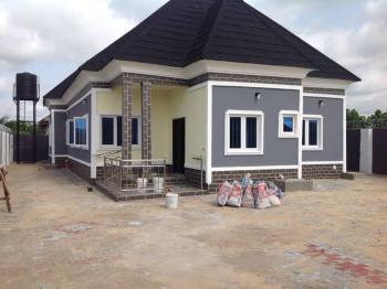 Luxury Bungalow, Ukuokoko, Near Ughelli Roundabout, Warri, Delta, Detached Bungalow for Sale