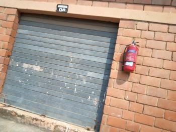 Lock-up 30sqm Warehouse, Wuye Ultra Modern Market, Wuye, Abuja, Warehouse for Rent