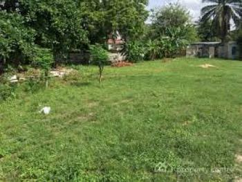 a Dry Land Measuring 1,524.58sqm, Asokoro District, Abuja, Mixed-use Land for Sale
