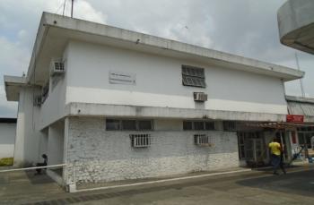 an Open Plan Office Space, Along Warri/sapele Road, Warri, Delta, Office Space for Rent