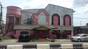 a Well Built 7 Bedroom Detached House Sitting on 610.55sqm Land, Ogunlana, Surulere, Lagos, Detached Duplex for Sale