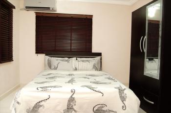 3 Bedroom Serviced & Furnished Apartment {all En Suite Rooms}, 9, Ichie Chris Onyekwuluje, Off Abike Animanshaun, Lekki Phase 1, Lekki, Lagos, Flat Short Let