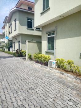 Well Built 3 Bedroom Flats, Lekki Phase 1, Lekki, Lagos, Flat for Rent