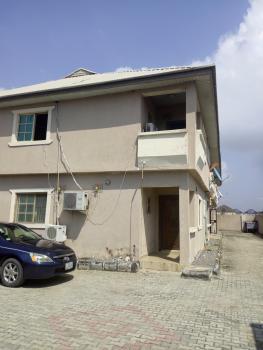 3 Bedroom Upstairs, Ologolo, Lekki, Lagos, Flat for Rent