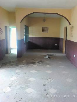 3 Bedroom Flat with Wardrobe & 2 Toilet, Anifalaje Area, Akobo, Ibadan, Oyo, Flat for Rent