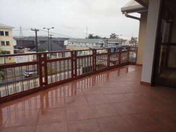 Charming & Spacious 2 Bedroom Flat with Large Balcony (pent House), Admiralty Road, Lekki Phase 1, Lekki, Lagos, Flat for Rent