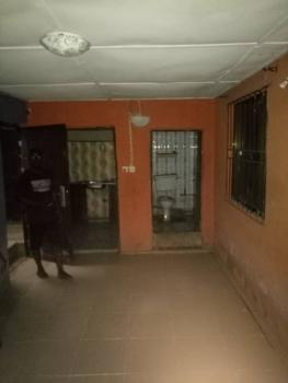 Fairly Used Mini Flat, Sabo, Yaba, Lagos, Mini Flat for Rent