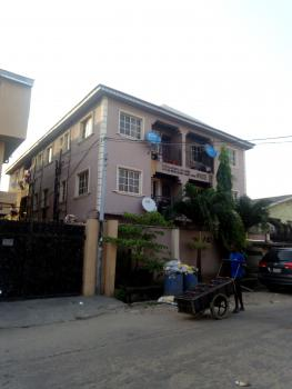 Clean and Spacious Mini Flat Upstairs with Car Park, Off Ogunlana Drive, Surulere, Lagos, Mini Flat for Rent