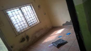 a Fairly Used Room Self Contained, Off Iwaya Rd, Iwaya, Yaba, Lagos, Self Contained (single Rooms) for Rent