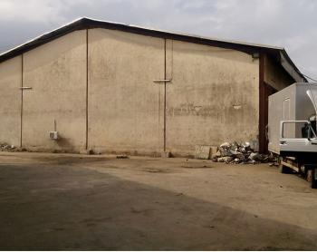 Warehouse Capacity of 1,317.6sqm, Matori, Oshodi, Lagos, Warehouse for Rent