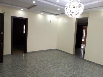 a Lovely Luxury 3br Flat @ Adekunle By Third Mainland  Tabs Lagos., By Third Mainland, Adekunle, Yaba, Lagos, Flat for Rent
