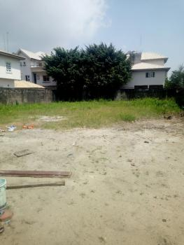 Fenced and Gated 900sqm of Land on a Highly Commercial Road, Lekki Phase 1, Lekki, Lagos, Commercial Land for Rent