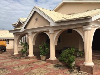 Luxury Detached House with Chalets, Alalubosa Gra, Alalubosa, Ibadan, Oyo, Detached Bungalow for Sale