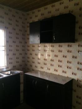 Nice 3 Bedroom Flat, Close to 2nd Toll Gate, Lekki Expressway, Lekki, Lagos, Flat for Rent