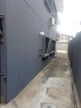 Portable 2 Bedroom, Off Babatunde Street, Ogunlana, Surulere, Lagos, Flat for Rent