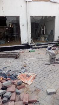 Ground Floor Showroom, Off Admiralty Way, Lekki Phase 1, Lekki, Lagos, Shop for Rent