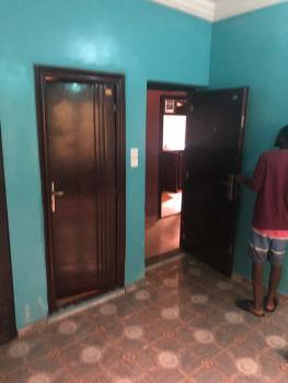Lovely Mini Flat with 2 Toilets, Water Heater & Car Park, Off Folaagoro Road, Fola Agoro, Yaba, Lagos, Mini Flat for Rent