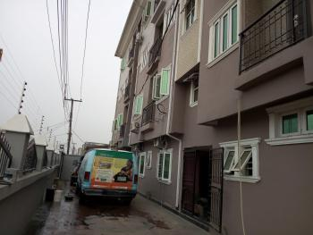 a Lovely Luxury 2br Flat @ Adekunle By Third Mainland Yaba Lagos, By Third Mainland, Adekunle, Yaba, Lagos, Flat for Rent