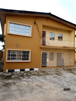 Renovated 2 Bedroom  Flat, Onigbongbo, Maryland, Lagos, Flat for Rent