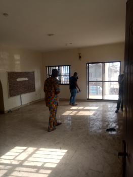 a Massive 3bedroom Flat at Ebute-metta East, Yaba, Lagos, Off Herbert Macaulay Way, Ebute Metta East, Yaba, Lagos, Flat for Rent