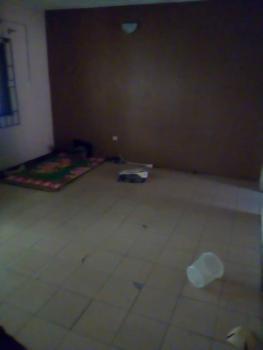 a Fairly Used 2 Bedroom Flat, Off Iwaya Rd, Iwaya, Yaba, Lagos, Flat for Rent