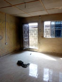 Spacious Mini Flat with Car Park, Oduduwa Street, Kilo, Surulere, Lagos, Mini Flat for Rent