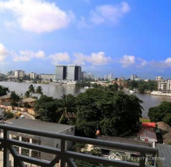 Luxurious 3 Bedroom Apartment, Water Front, Falomo, Ikoyi, Lagos, Hotel / Guest House Short Let