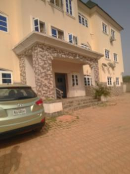 Luxury 3 Bedroom Flat, 3 Mohammed Shaking Street, Marbuchi Extension, Mabuchi, Abuja, Flat for Rent