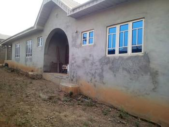 Spacious 3 Bedroom Bungalow with Dinning, Akobo, Ibadan, Oyo, Detached Bungalow for Sale
